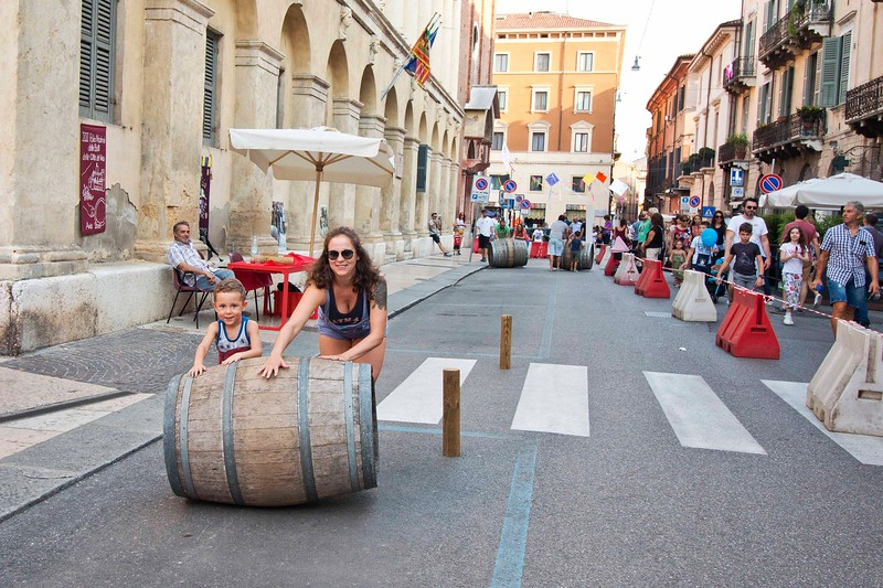 Barrel Roll, Verona