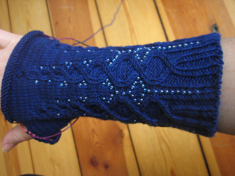 knitting some beaded cabled gloves
