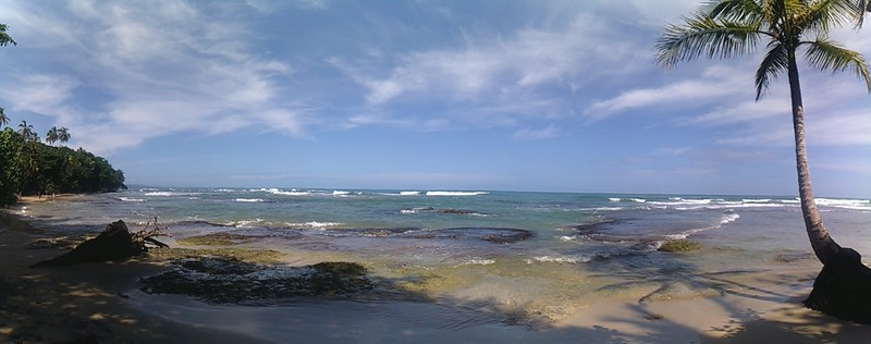 playa chiquita panorama