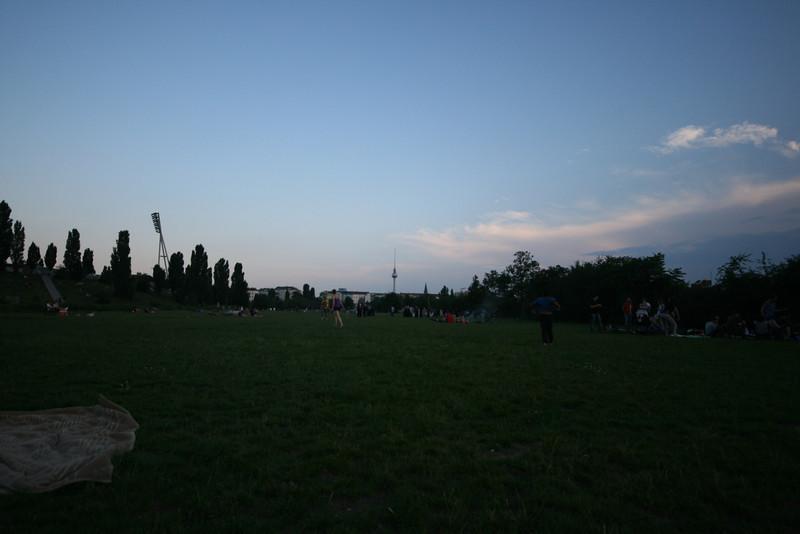 bbq in mauerpark