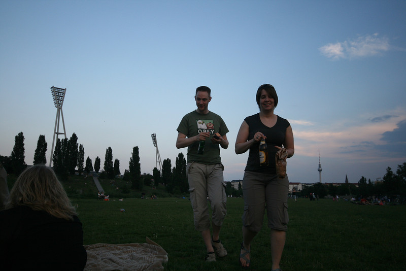 skytee and w0z in mauerpark