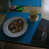 sunday morning: oatmeal pancakes, pear juice and sci-fi