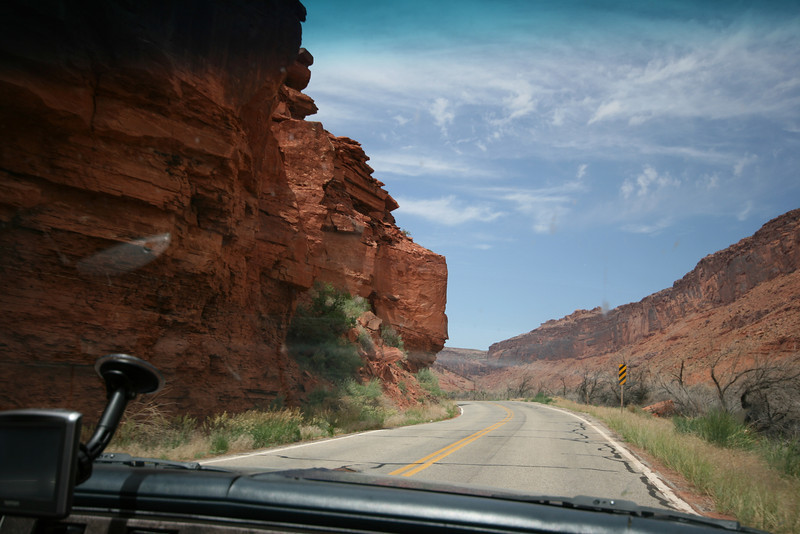 up through the cliffs towards moab