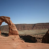 Delicate Arch and the cliffs beyond, mountain behind