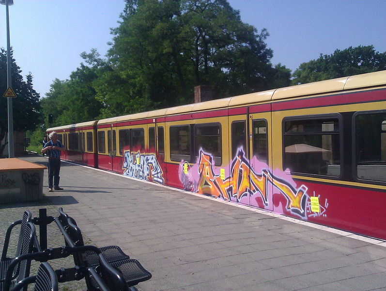 pretty decoration, sbahn with flair