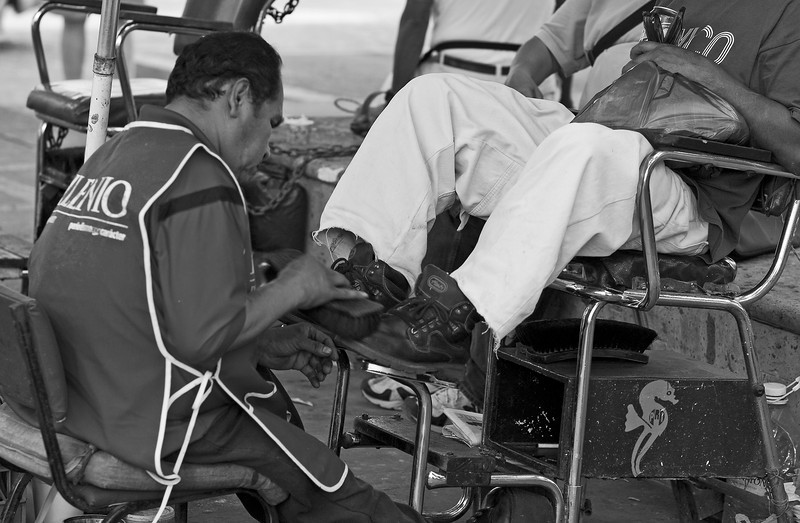 Shoe Shine, Town Square, Puerto Vallarta