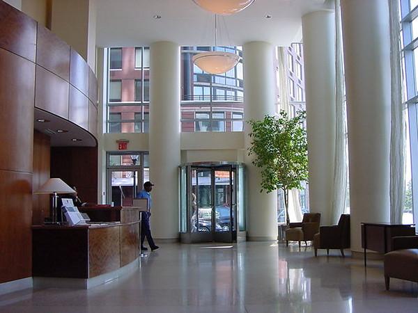 lobby apt