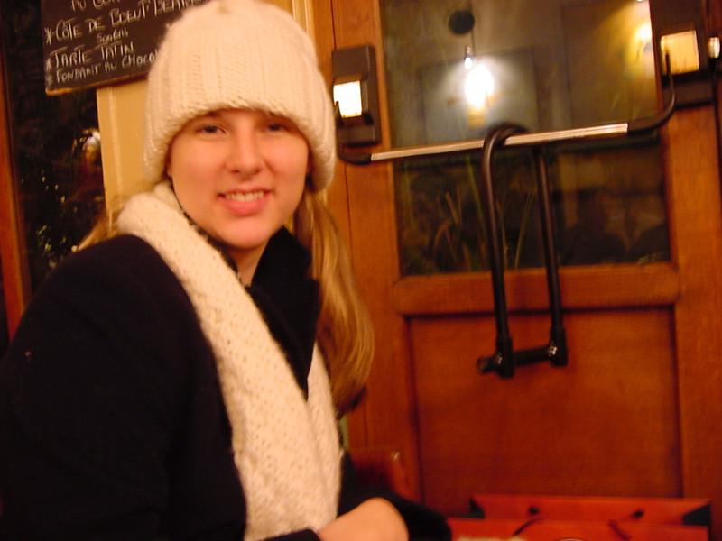 warming up at cafe de l\'industrie