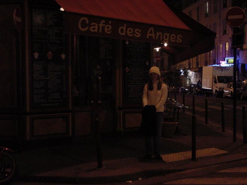 kel @ cafe des anges