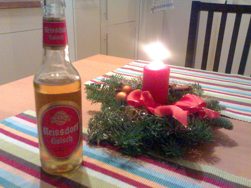 back home: kölsch + adventskranz (advent wreath)
