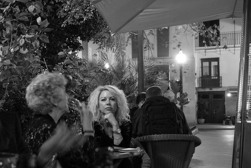 24 April 2017: a striking lady at a neighbouring table outside a bar on Plaza de Correos in downtown Alicante.