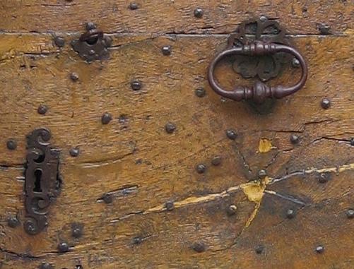 door knocker trigance, france