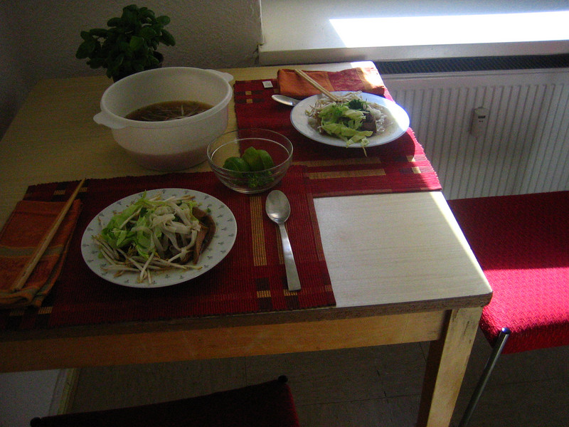 step 4: serving phở