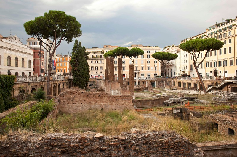 Arca Sacra di Largo Argentina, Ruins of Four Temples from Third Century B.C.