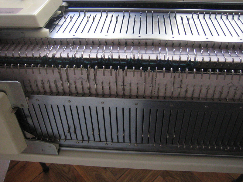 punchcard chunky knitting machine KH260 with double bed
