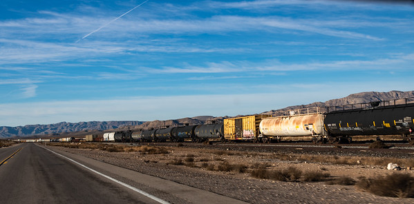 Roadside - Las Vegas Blvd - south