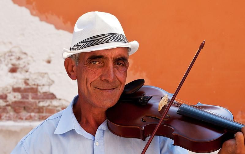 Street Musician, Dusodoro Island