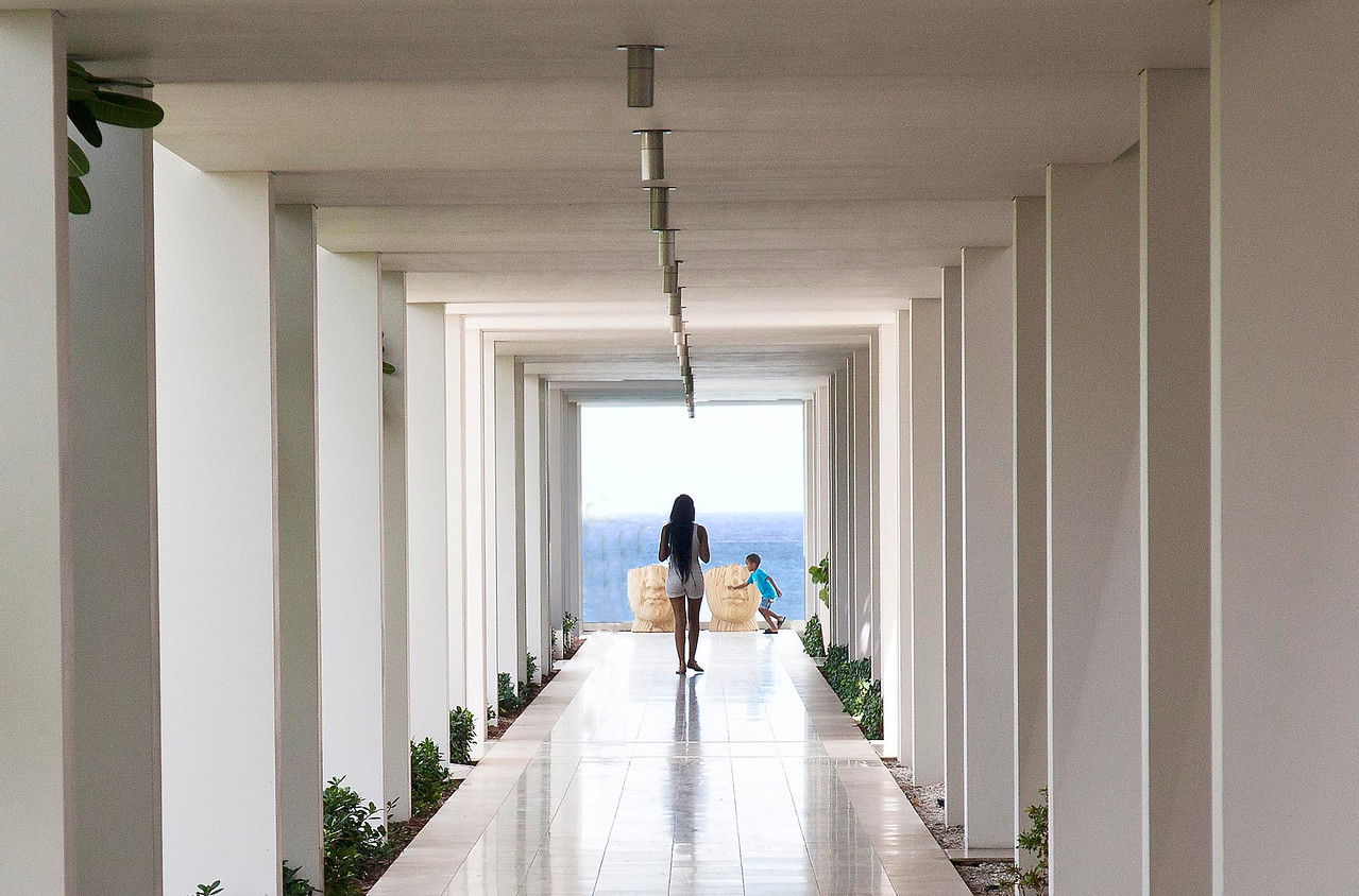 Viceroy Walkway