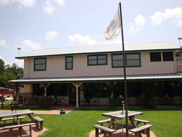 Lunch at Bull Creek, west side