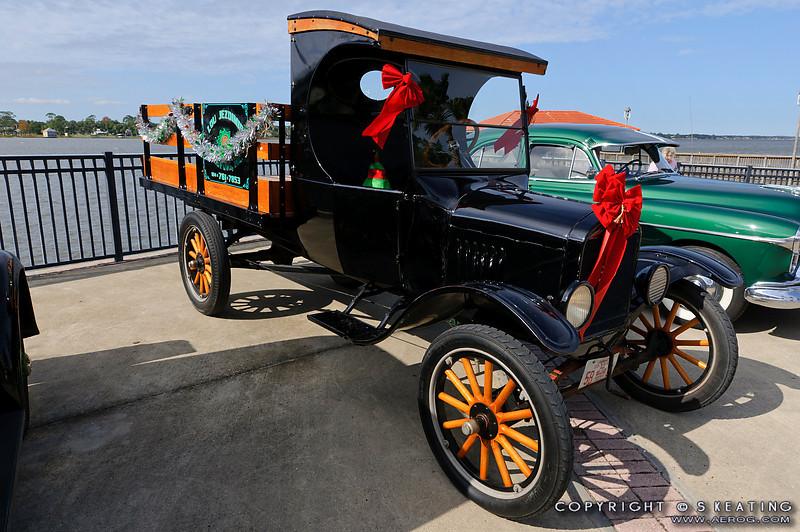 Ormond Beach Birthplace of Speed Antique Car Show - Nov 27 2010 - Fortunato Park, Ormond Beach Florida