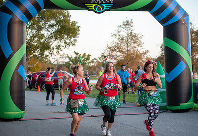 Naples Christmas Glow Run - 2019