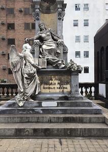 Sculptor Miguel Sansebastiano