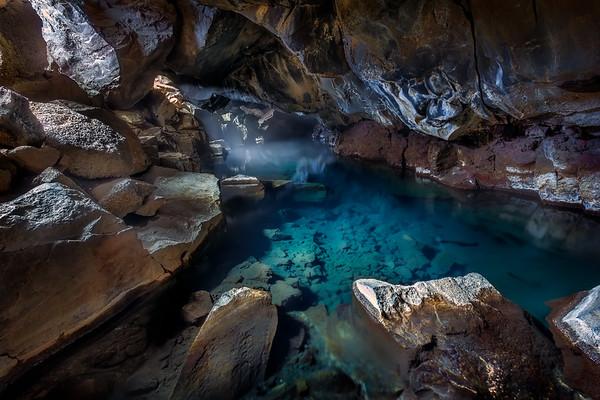 Grjotagja Cave || Iceland