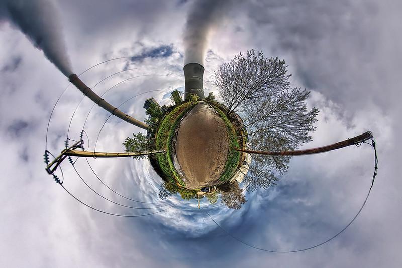 Dramatique petite planète