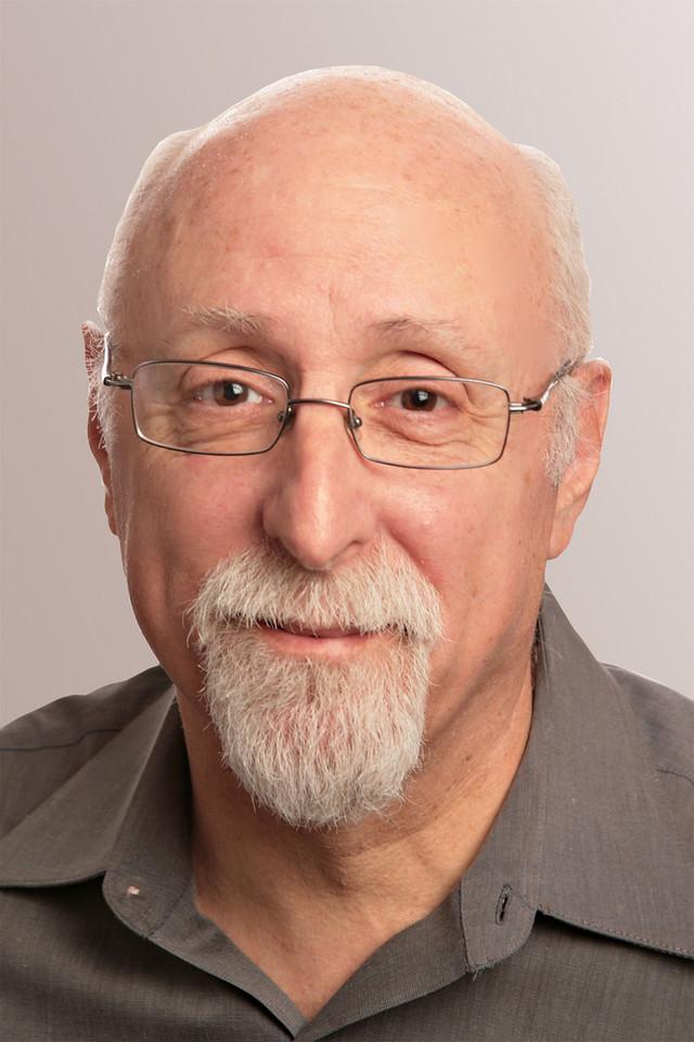 Walt Mossberg, Co-Executive Editor
