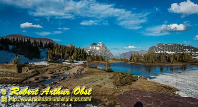 DB-Obst_7218_ATO.WestUSACanada2014-USA.MT.GlacierNP.LoganPassAreaMountains.HikerSurroundedByBeauty-B (DSC_7218.NEF)