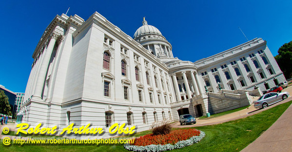 Crystal clear blue skies umbrella the State of Wisconsin Capitol in all of its resplendent glory (USA WI Madison)