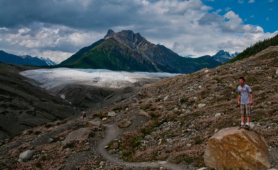Hikers view of the glacier off Regal Mountain north of Kennicott and McCarthy within Wrangell St. Elias National Park and Preserve (USA Alaska McCarthy)