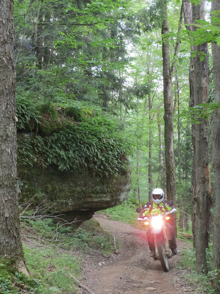 Cool rock outcroppings that the trail weaved through.