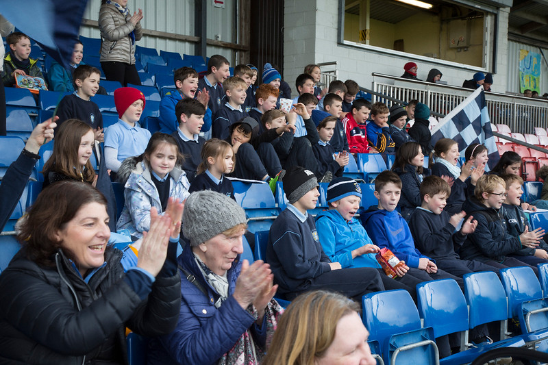 EEjob 13/11/2017 SPORT Allianz Sciath na Scol Finals at Páirc Uí Rinn. Rathduff v Barryroe.  Barryroe Supporters cheer on.   Picture: Andy Jay