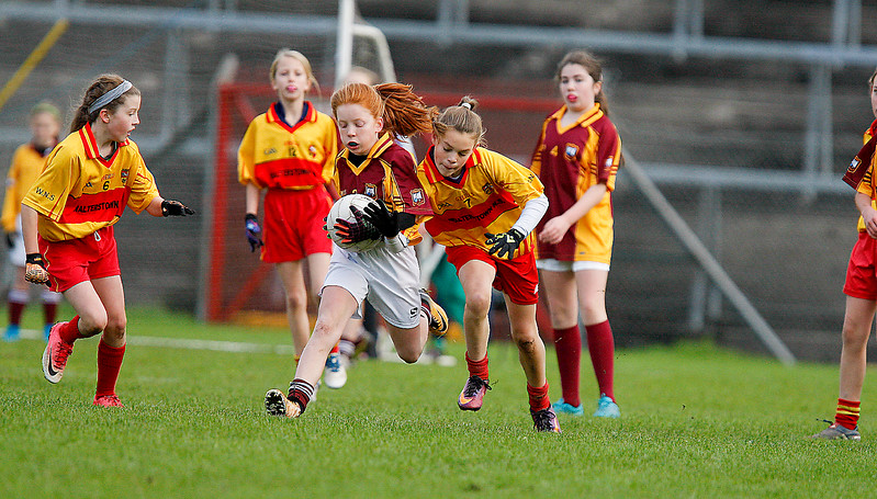 EEjob 13/11/2017 SPORT Allianz Sciath na Scol Finals at Páirc Uí Rinn. Glogheen v Walterstown, Anna Kearney Clogheen Kerry Pike, in possession under pressure from Leah O'Connell Walterstown. Picture: Andy Jay