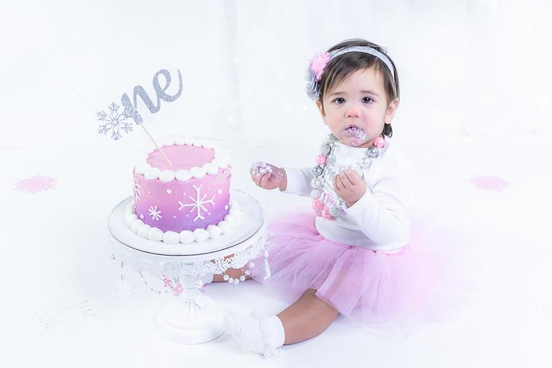 Allred 12 Month Cake Smash25