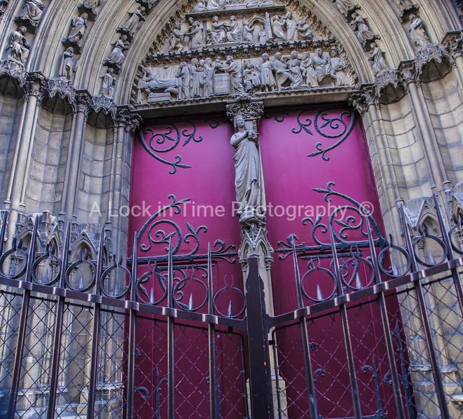 notra dame side door
