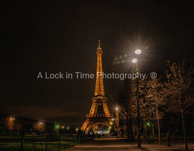 night time paris