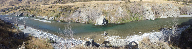 A panarama of the orari river. Pat is still stuck trying to catch one its unchatchables.
