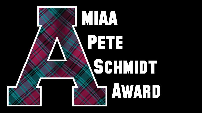 Blake Padget receives 2014 MIAA Pete Schmidt Award