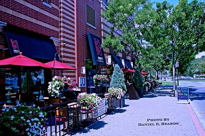 Sidewalk cafe on Frank Sinatra Drive in Hoboken, NJ