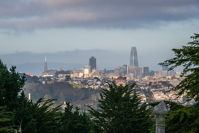 From the Palace of Legion of Honor's parking lot: Downtown SF and more.