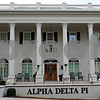 Ole Miss ADPi House at Christmas