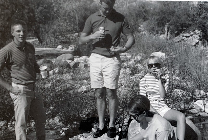 Bill, Debra, Pris