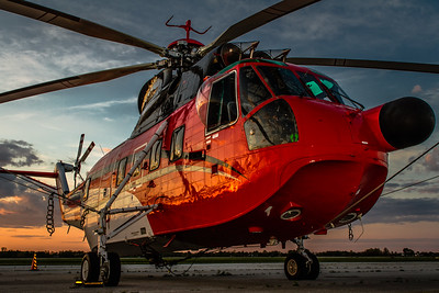 Catchin' the Sunset Light! - N906CH - Sikorsky S-61N