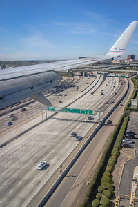 Crossing the I-405/San Diego Freeway! - On Final Approach to KSNA/Orange County Runway 19R