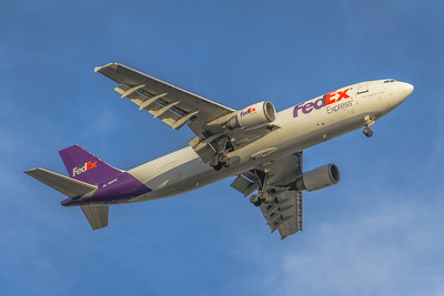 N675FE - FedEx Express -  Airbus A300F4-605R  - On Final for KSNA Runway 19R