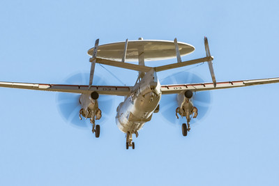 Grumman E-2C 'Hawkeye' - Downwind in the Pattern - NAF El Centro
