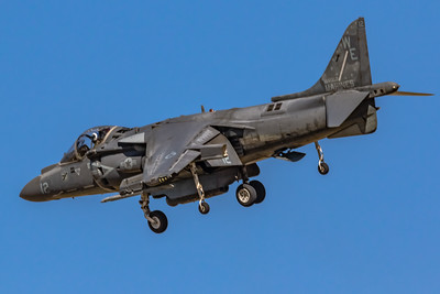 Marine McDonnell Douglas AV-8B 'Harrier' Turning on Final! - NAF El Centro