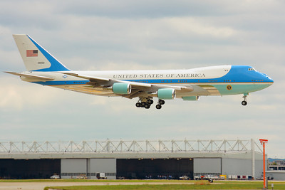SAM29000 - As 'Air Force One' - 'Over the Threshold' Landing on CLE 24L!  © 2010 Paul L. Csizmadia  All Rights Reserved  No Use Allowed without Permission